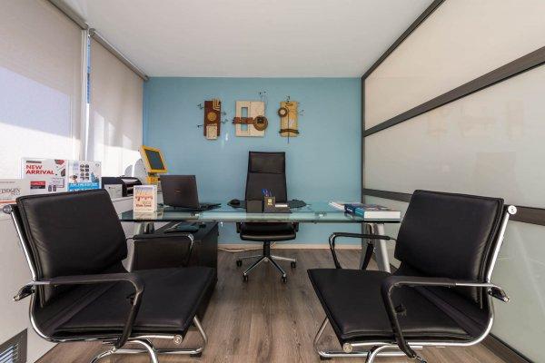 γραφειο εξέτασης-διάγνωσης Anastasakis Hair Clinic