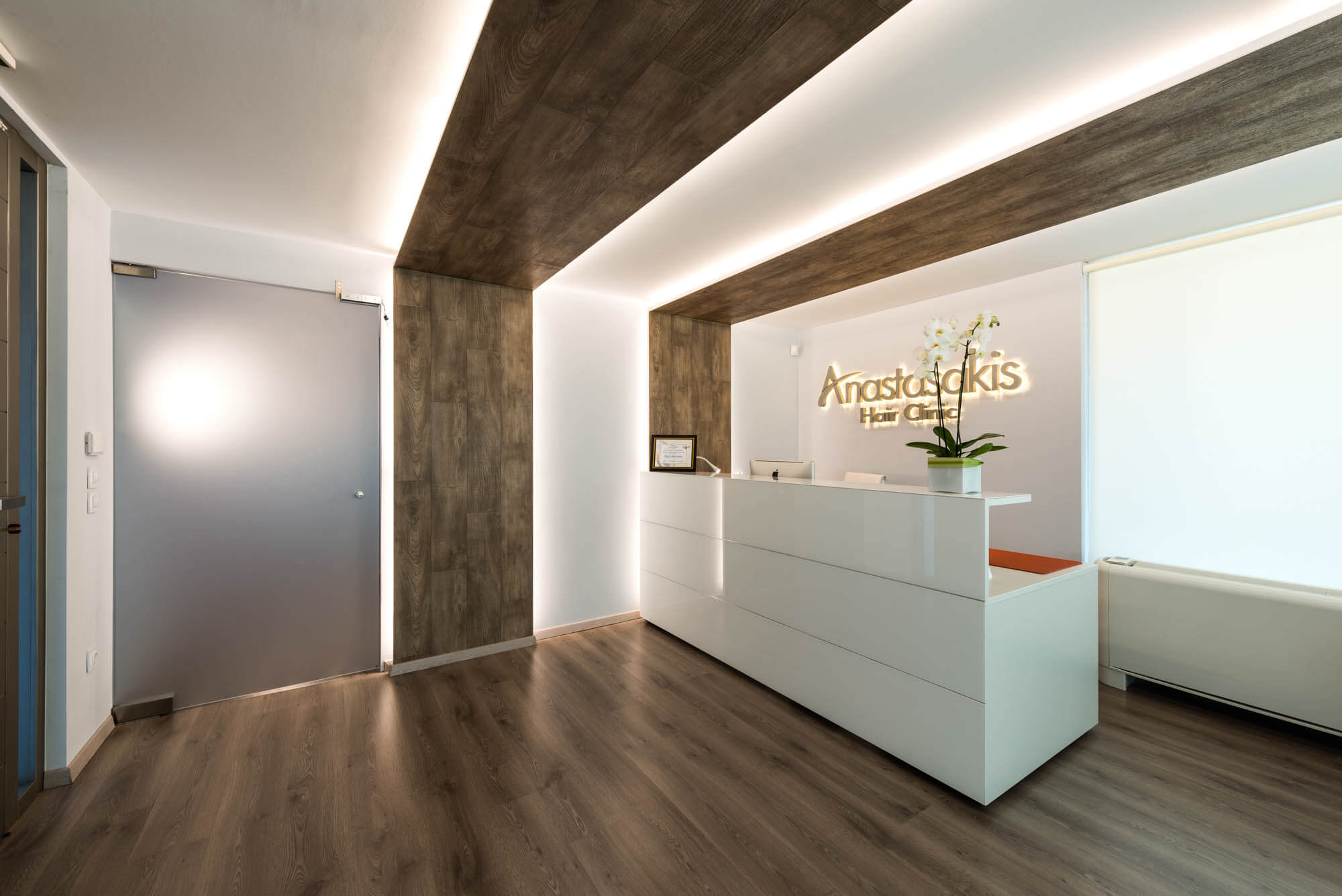 Reception desk Anastasakis Hair Clinic