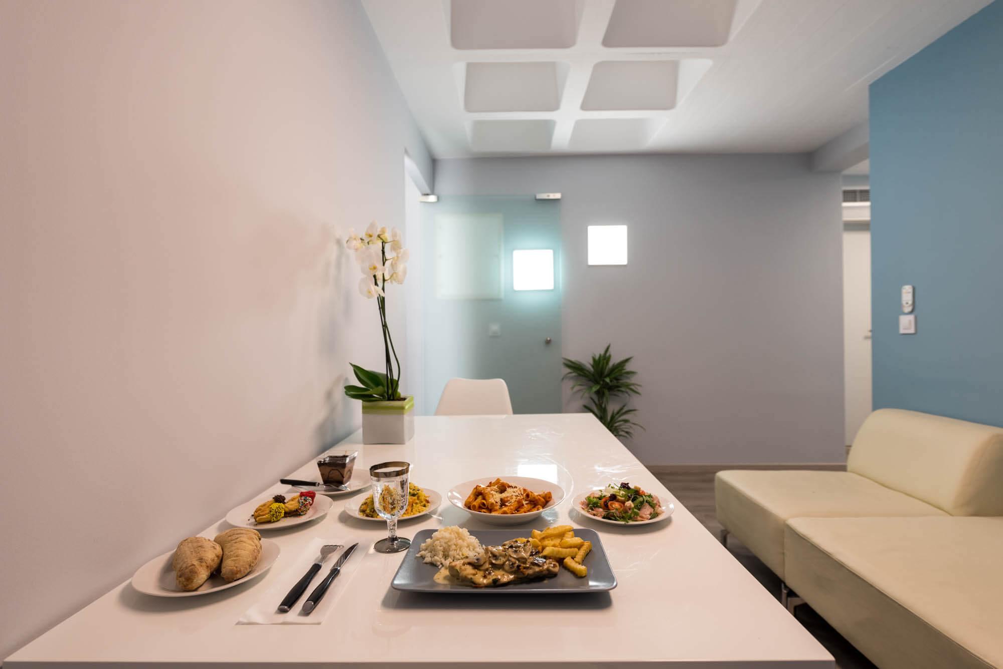 Τραπεζαρία & χώρος αναμονής Anastasakis Hair Clinic