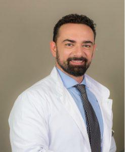 Δρ Κωνσταντίνος Αναστασάκης πλαϊνή εικόνα
