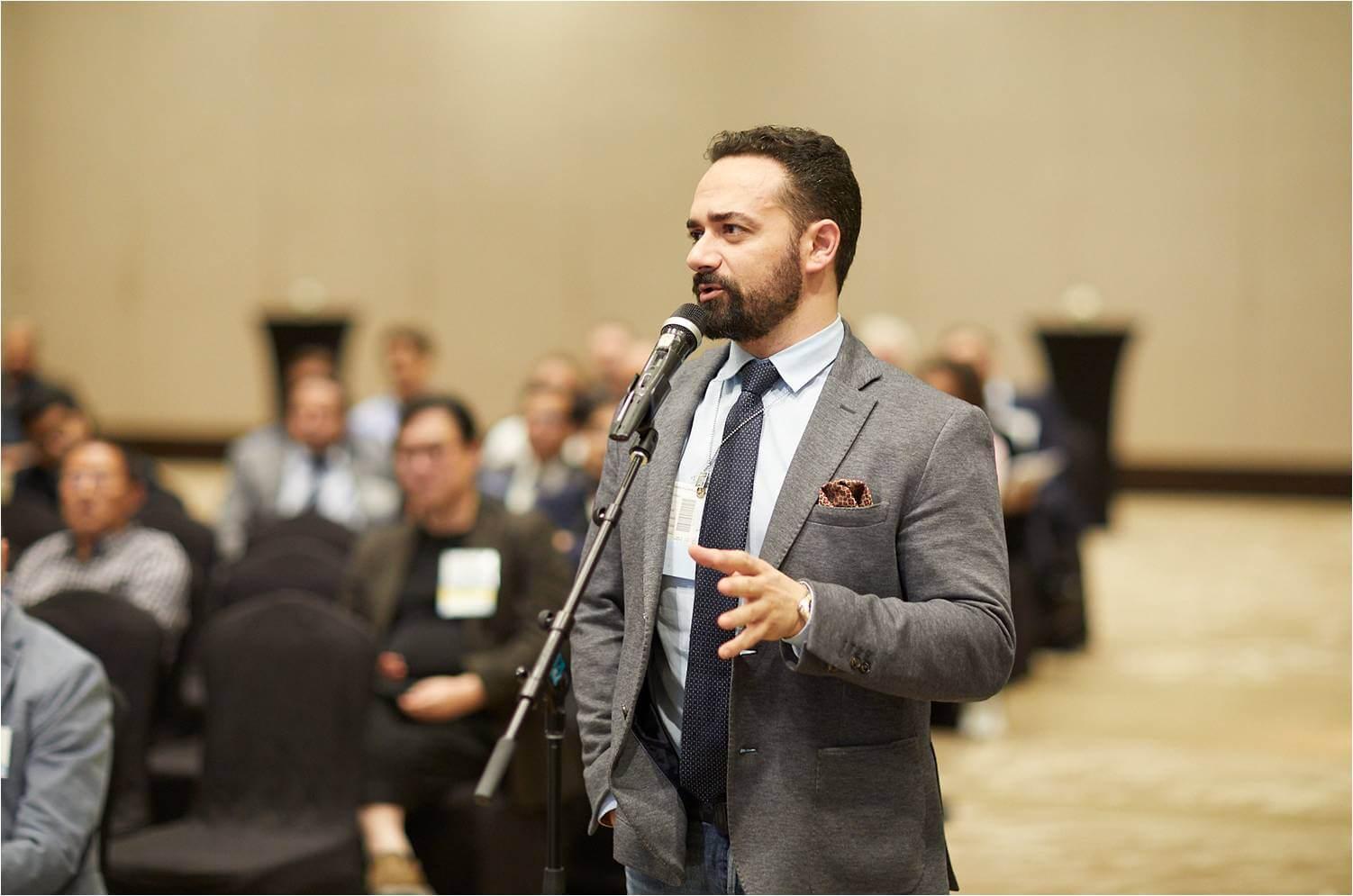 πρόεδρος ΕΛΑΜΑΤ Δρ. Κωνσταντίνος Αναστασάκης στο 26ο παγκόσμιο συνέδριο ISHRS Hollywood
