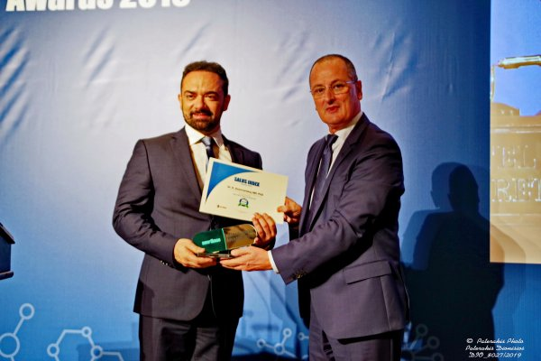 salus index awards 2019 βραβευση anastasakis hair clinic